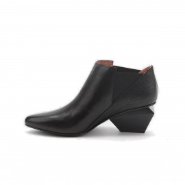 Jady Rose Speciali Leather Black Boots (15DR1-2015)