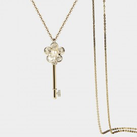 SEVENTY 6 Flower Key Gold Long Chain (7985)