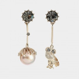 Caromay Asymmetrical Home Of Owl Champagne-Gold Earrings (E3453)
