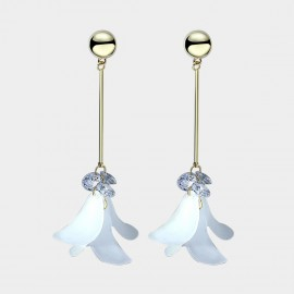 Caromay Aromatic Petals White Earrings (E3660)