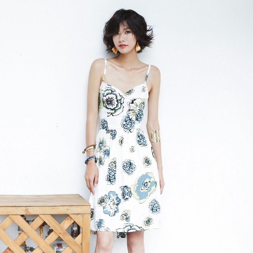 Buy Isislove Floral White Dress online, shop Isislove with free shipping