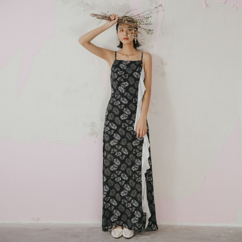 Buy Isislove Leaf Print Black Dress online, shop Isislove with free shipping