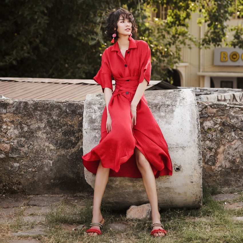 Buy Isislove Buttoned Tie-Waist Red Dress online, shop Isislove with free shipping
