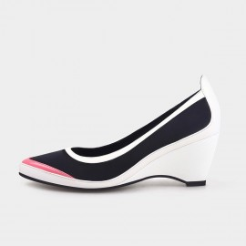Pointed-Toe Faux Patent Leather White Wedges (19DR10601)