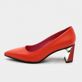 Pointed-Toe Faux Leather High-Polished Red Pumps (19DR10616)