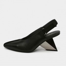Pointed-Toe Faux Leather Back Nylon Strap Black Sandals (19DR10625)