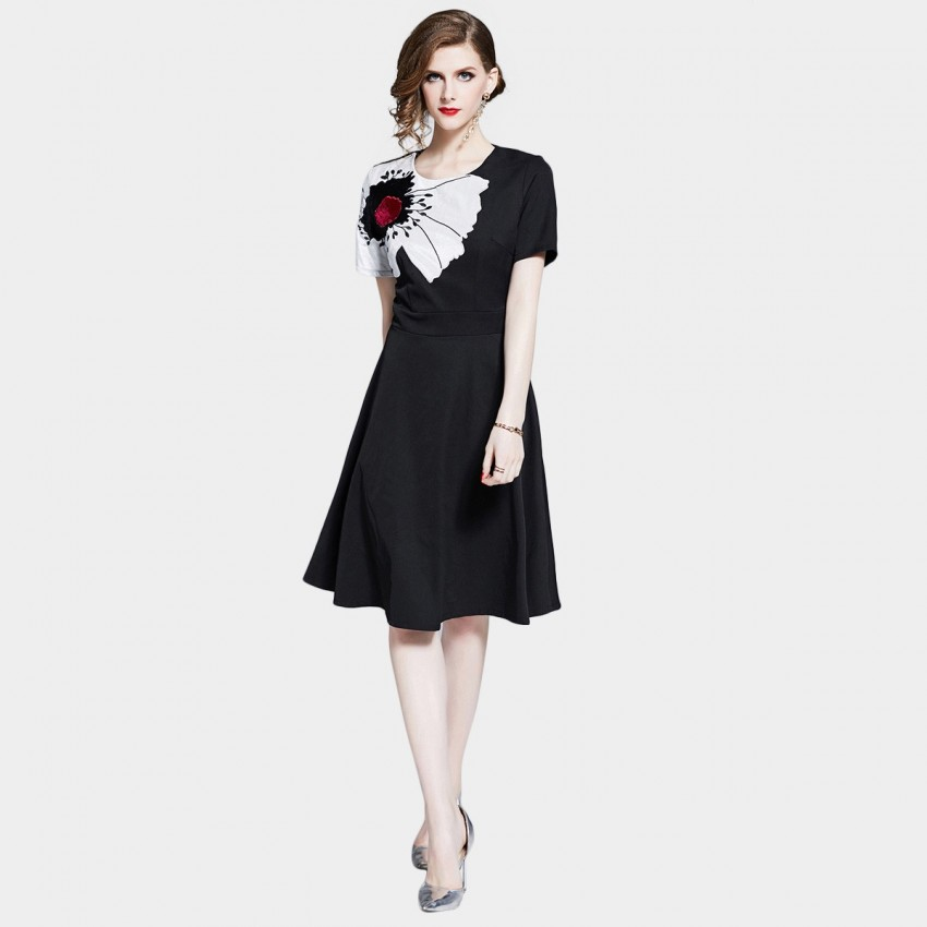 Buy D & R Black Short-Sleeve Dress online, shop D & R with free shipping