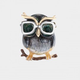 Caromay Cool Owl Champagne Gold Brooch (T0504)