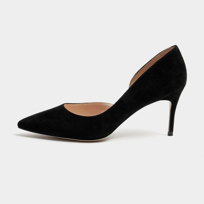 Buy Masoomake Classic Cut-Out Black Pumps online, shop Masoomake with free shipping