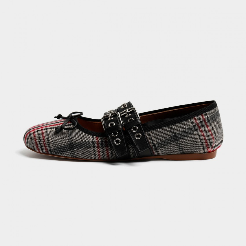 Buy Masoomake Style Contrast Checked Red Flats online, shop Masoomake with free shipping