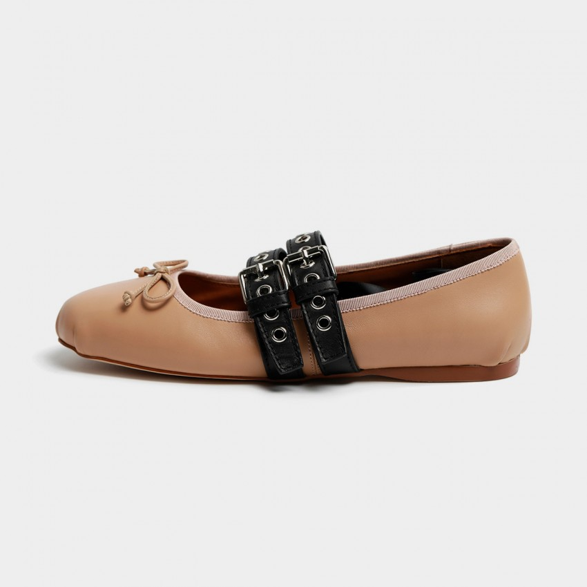 Buy Masoomake Style Contrast Apricot Flats online, shop Masoomake with free shipping