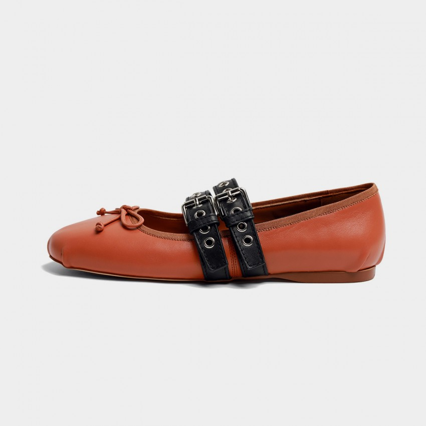 Buy Masoomake Style Contrast Brown Flats online, shop Masoomake with free shipping