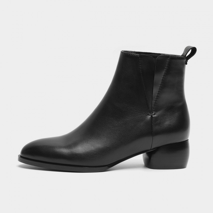 Buy Masoomake Classic Heeled Ankle Black Boots online, shop Masoomake with free shipping