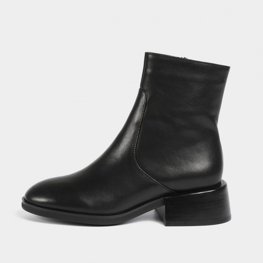 Masoomake Glossy Metallic Leather Black Boot (FSX88910)