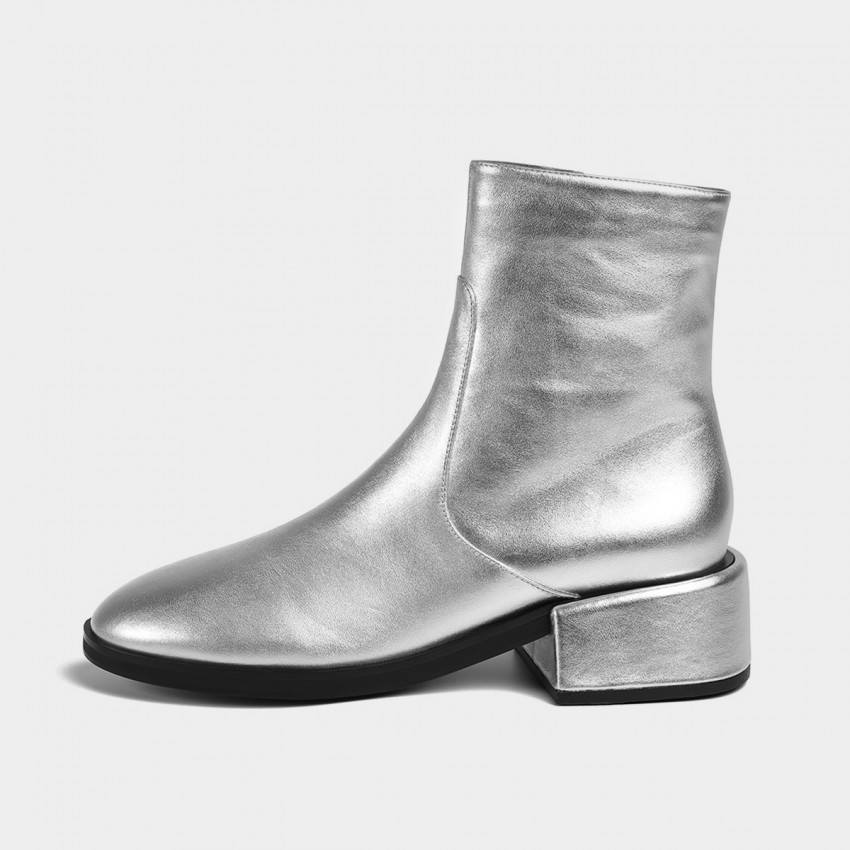 Buy Masoomake Glossy Metallic Leather Silver Boot online, shop Masoomake with free shipping