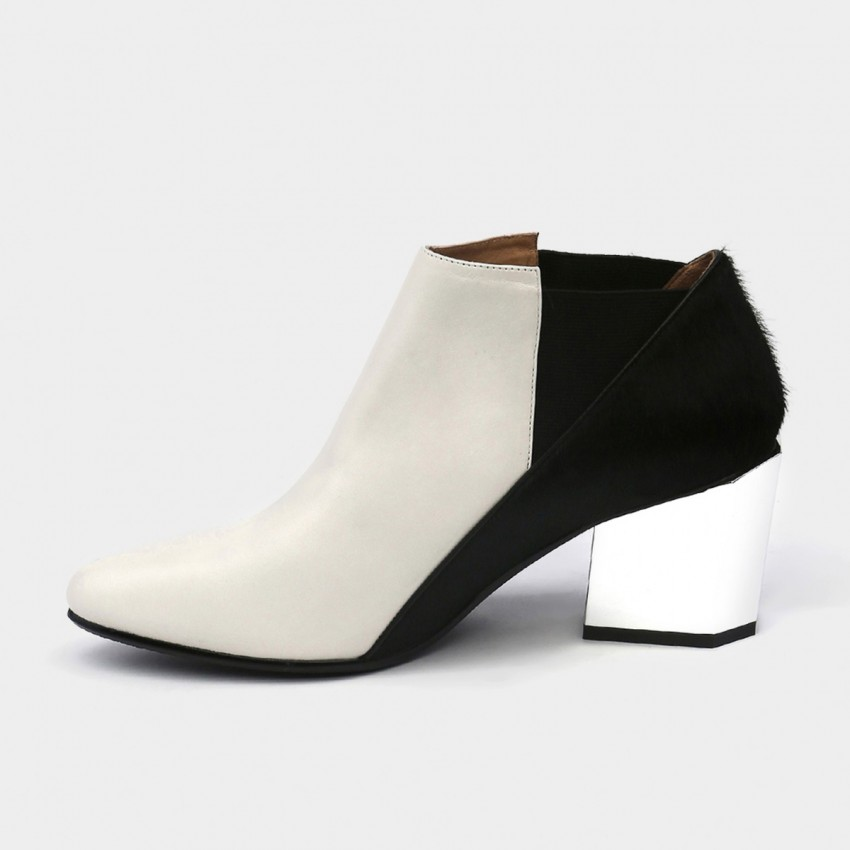Buy Jady Rose Ankle High Medium Geometrical Chunky Heel Faux Leather White Boots online, shop Jady Rose with free shipping