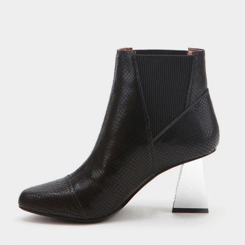 Buy Jady Rose Ankle High Slender Rectangular Heel Patterned Black Boots online, shop Jady Rose with free shipping