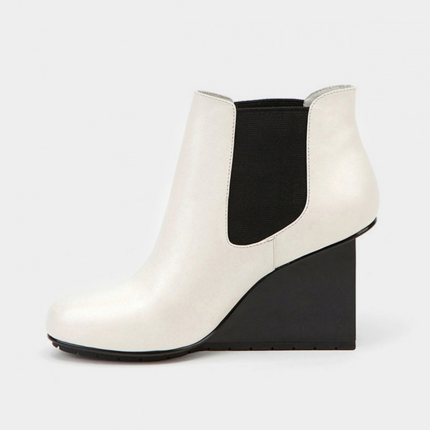 Buy Jady Rose Ankle High Stretchy Patterned Wedge White Boots online, shop Jady Rose with free shipping