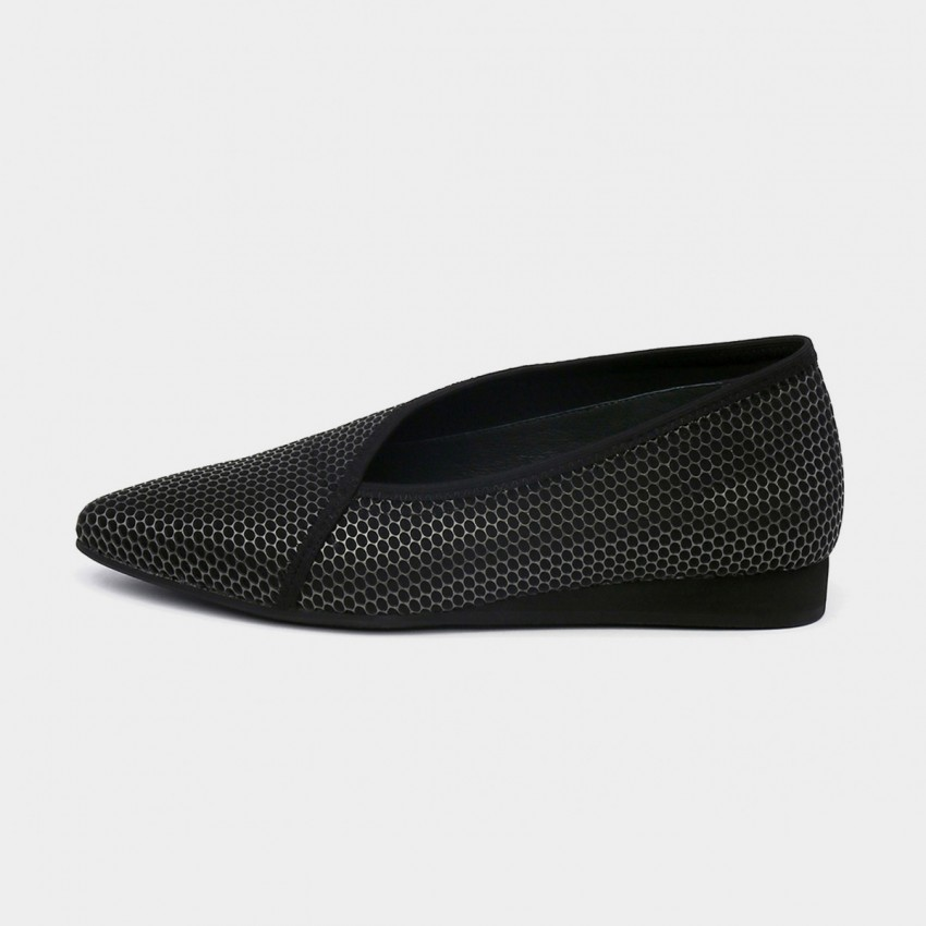 Buy Jady Rose V-Ankle Oxford Style Solid Gun Flats online, shop Jady Rose with free shipping