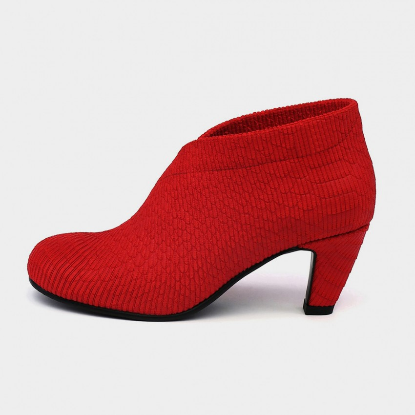 Buy Jady Rose Ankle High Medium Heel Traditional Oxford Red Pumps online, shop Jady Rose with free shipping