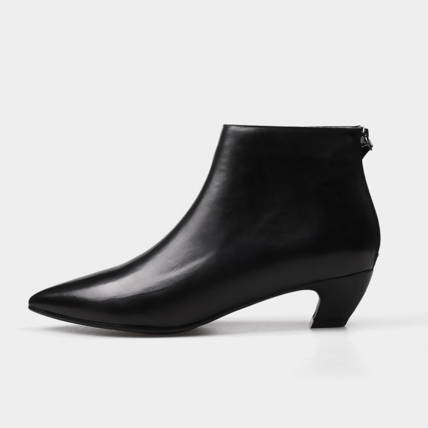 Buy Jady Rose Ankle High Low Curvy Black Boots online, shop Jady Rose with free shipping