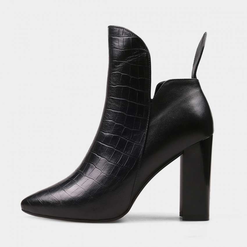 Buy Jady Rose Ankle High High Chunky Heel Designer Ankle Line Black Boots online, shop Jady Rose with free shipping
