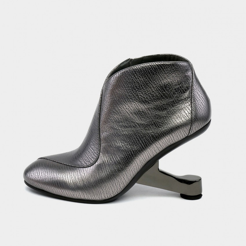 Buy Jady Rose Rider Metal Zipper Design Heeled Ankle Gun Boots online, shop Jady Rose with free shipping