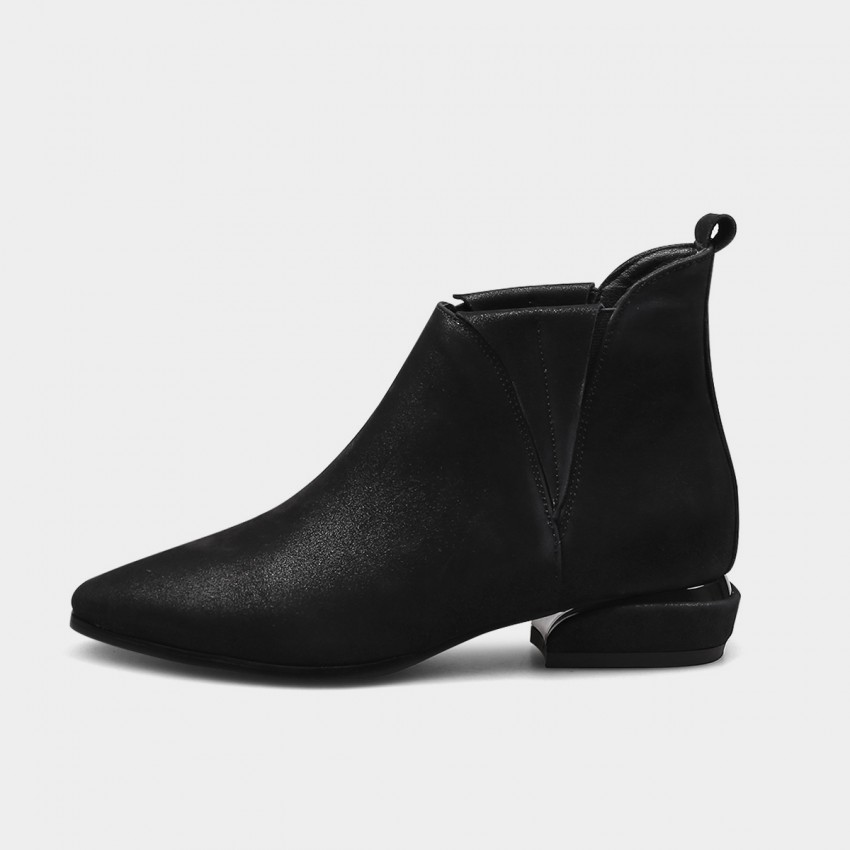 Buy Jady Rose Inside Out Point Toe Low Heeled Ankle Black Boots online, shop Jady Rose with free shipping