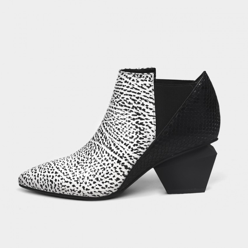 Jady Rose Reptile-Print Ankle White Boots (18DR10567)