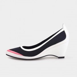 Jady Rose Pointed-Toe Faux Patent Leather White Wedges (19DR10601)