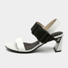 Jady Rose Open Toe Faux Suede Strip Accent White Sandals (19DR10620)