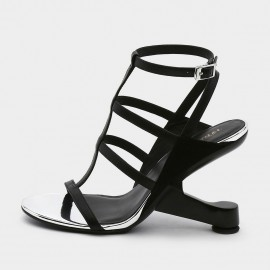Jady Rose Open Toe Faux Leather Strip Accent Black Roman Sandals (19DR10622)