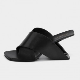 Jady Rose Squared-Toe Faux Leather Crisscross Black Sandals (19DR10629)