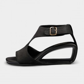 Jady Rose Nine to Five Black Buckle Sandals (19DR10642)