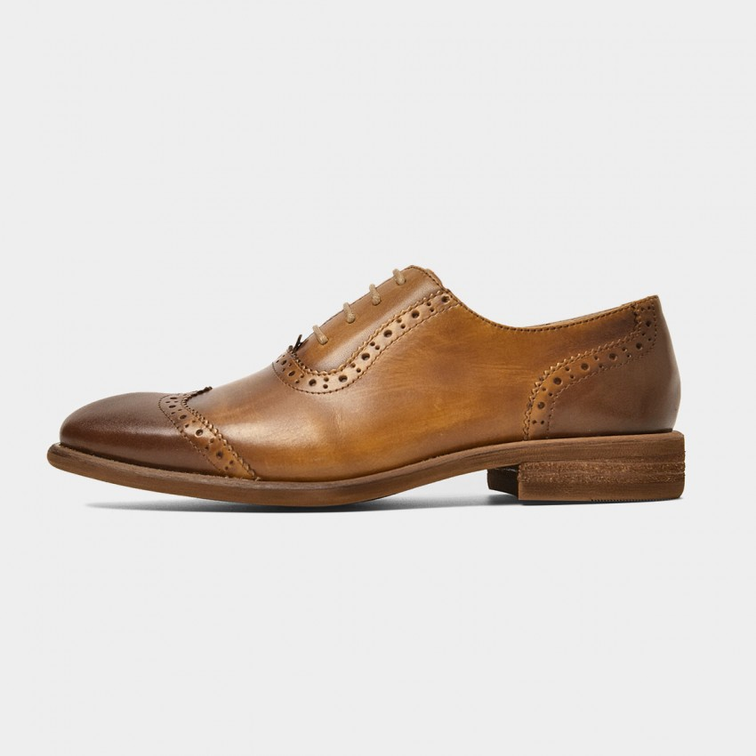 Buy Beau Gradient Oxford Wood Grain Heel Brown Lace Ups online, shop Beau with free shipping