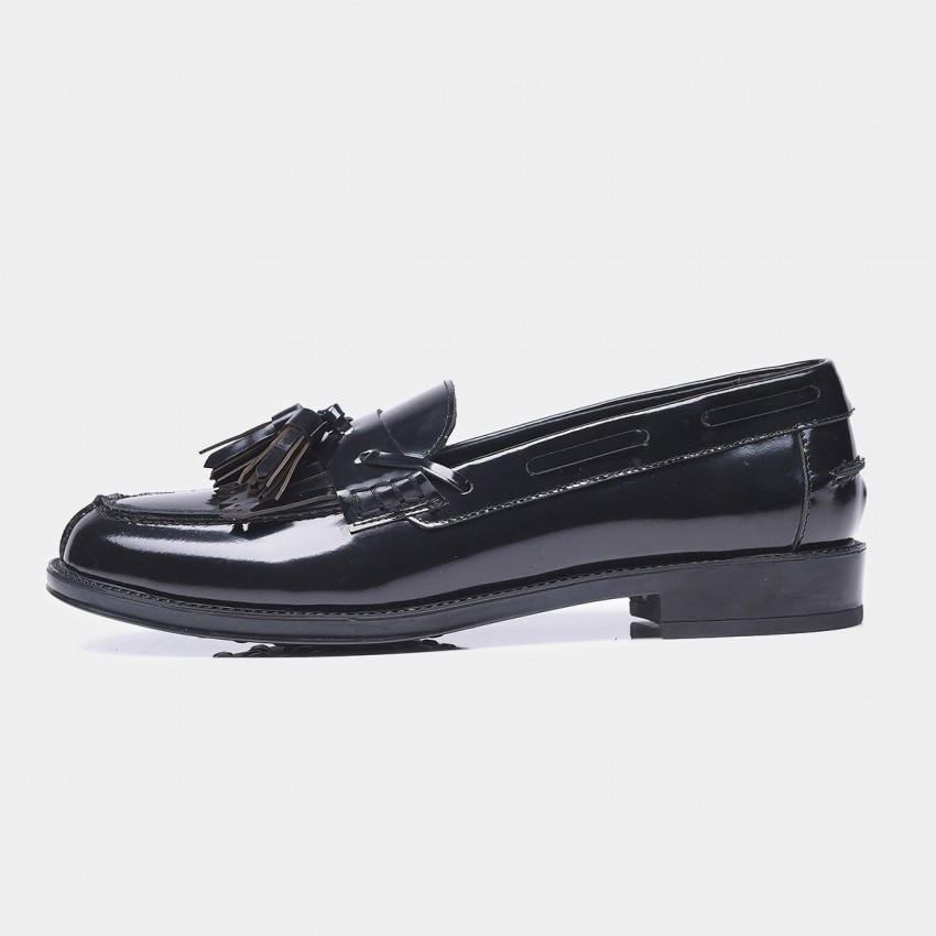 Buy Beau Glossy Leather Tassel Black Loafers online, shop Beau with free shipping