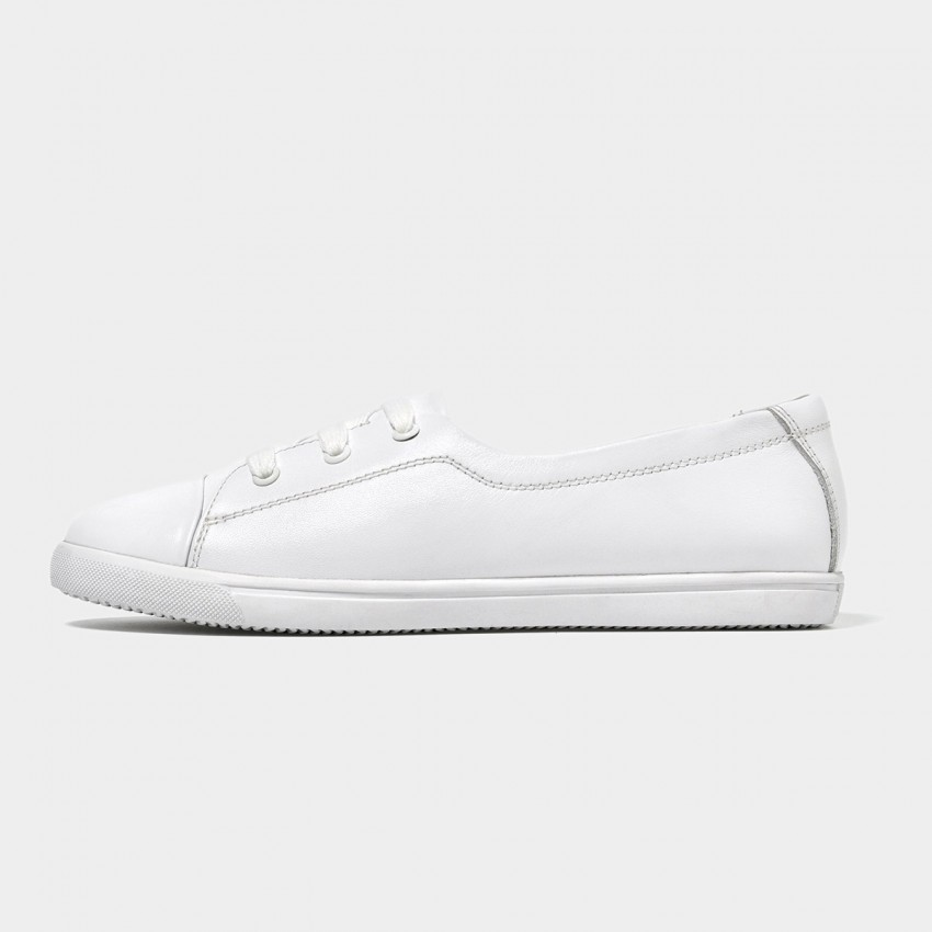 Beau Simple Laced Leather White Sneakers (29032)