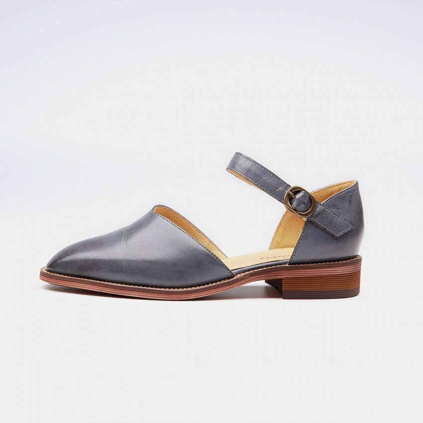 Buy Beau V-Shaped Strap Gradient Heel Grey Pumps online, shop Beau with free shipping