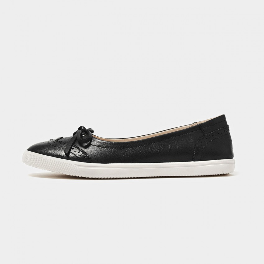 Buy Beau Comfortable Brogued Bow Black Flats online, shop Beau with free shipping