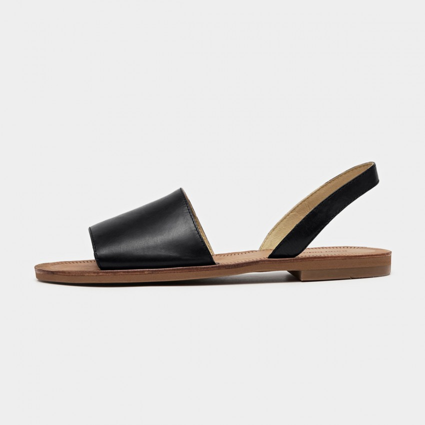 Buy Beau Basic Leather Wide Band Black Sandals online, shop Beau with free shipping