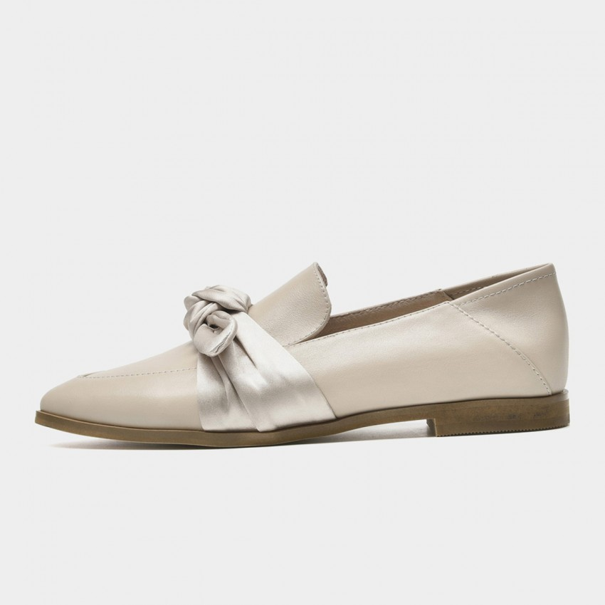 Beau Silky Knot Calf Leather Apricot Flats (27129)