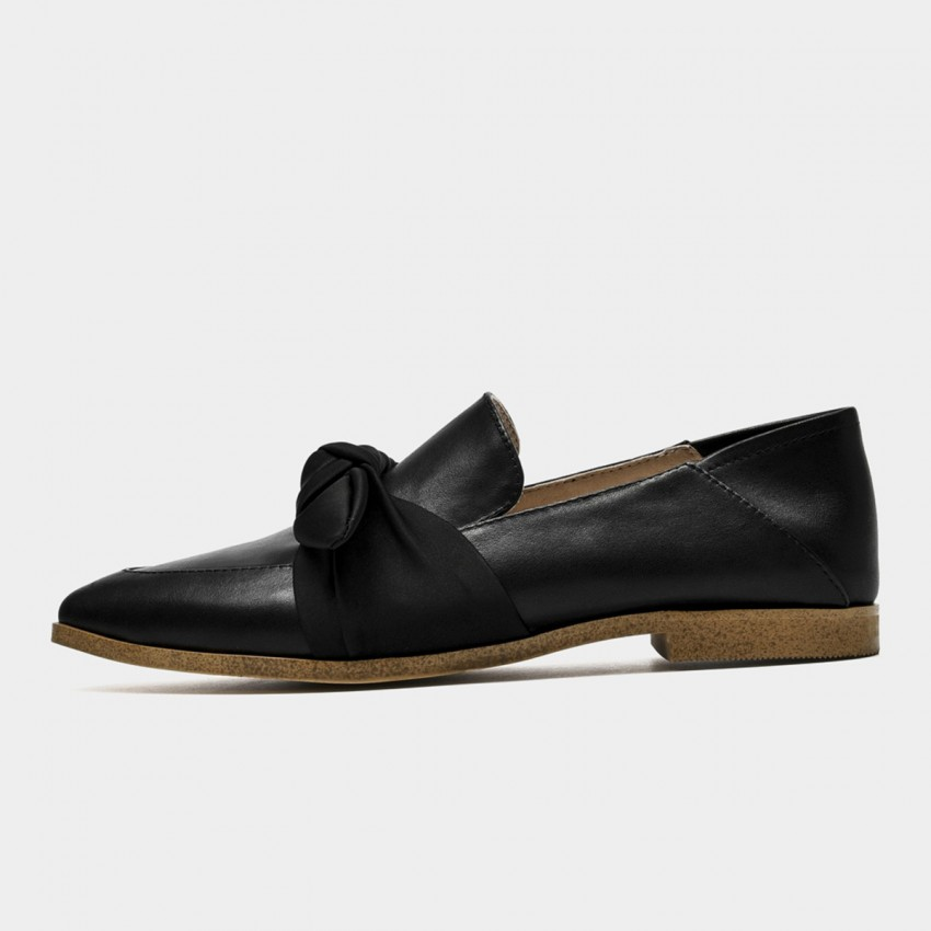 Beau Silky Knot Calf Leather Black Flats (27129)