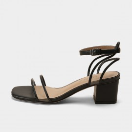 Masoomake Transparent Black Sandals (FSL6A029)