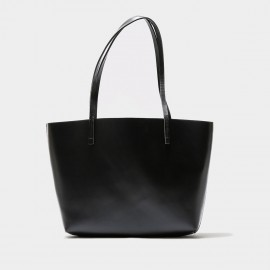 Startown Wide Opening Black Tote (WLA161980)