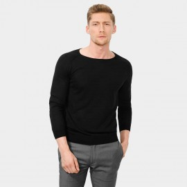 Basique Round Neck Knitted Black Pullover (05.0022)