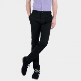 Basique Black Chinos (22.0009)