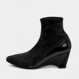 Jady Rose Sock-Style Black Boots (19DR10660)