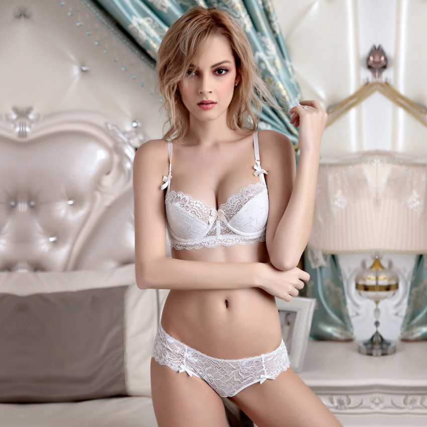 Lovevirl Enchanting Floral Lace Push Up White Lingerie Set (9186)