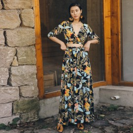 Isislove Tropical Floral Print Two-Piece Set (DR18083)