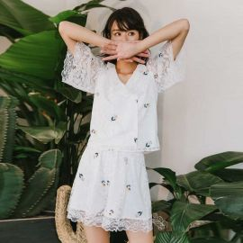 Isislove Delicate Floral White Lace Shirt (SE18039S)